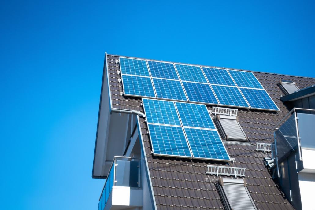 Manutenzione ordinaria: la pulizia dei pannelli solari